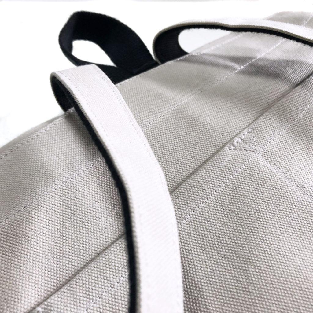帆布バッグの外ポケット